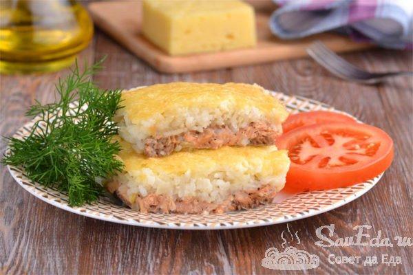 Рыбная запеканка с рисом, сыром и майонезом