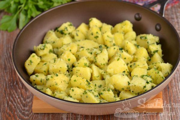 Картофель с петрушкой на гарнир