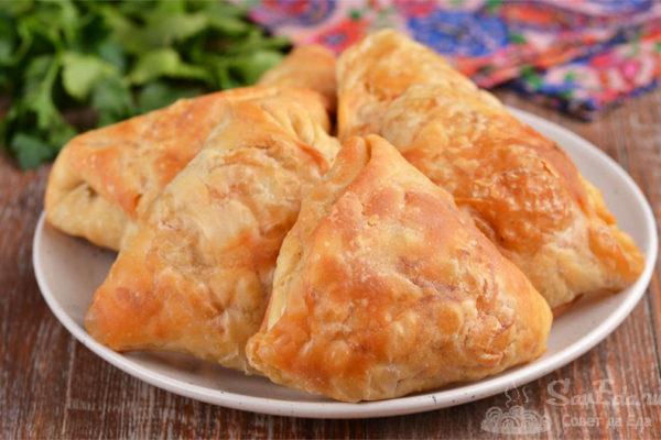 Пирожки с картошкой из быстрого вытяжного теста