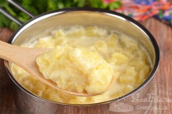 Тушеная картошка в молоке