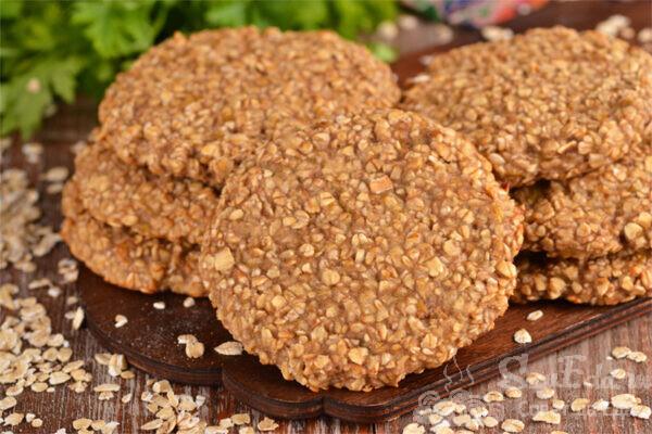 Овсяное печенье из 2 ингредиентов