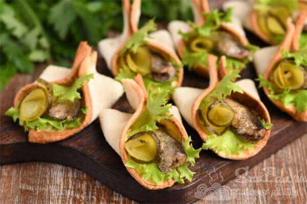 Оригинальные бутерброды со шпротами