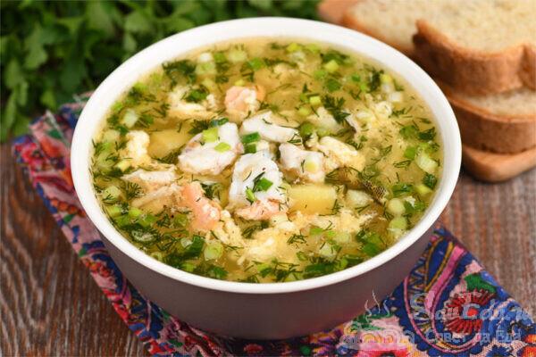 Рыбный суп с яйцами