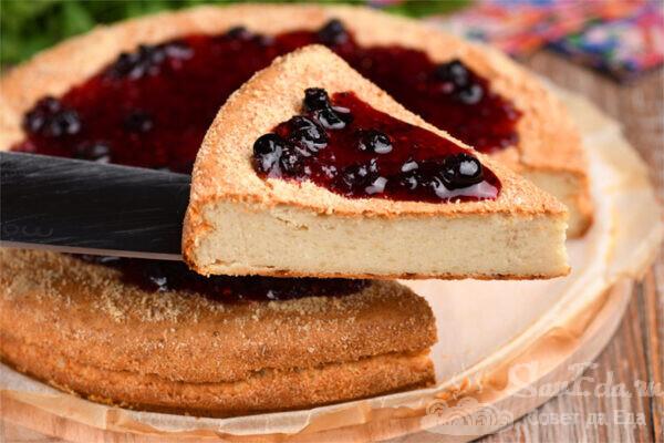 Пирог из творога и черствого хлеба