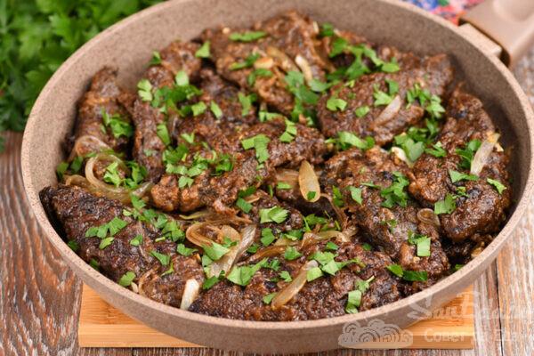 Жареная говяжья печень с соевым соусом